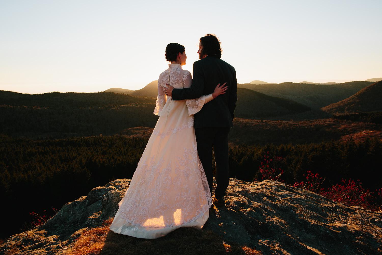 jeremy-russell-asheville-elopement-mountain-16-17.jpg
