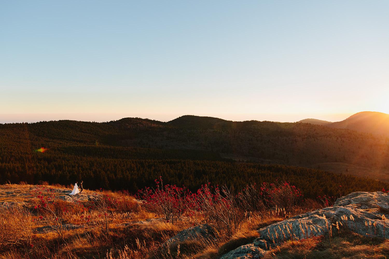 jeremy-russell-asheville-elopement-mountain-16-18.jpg