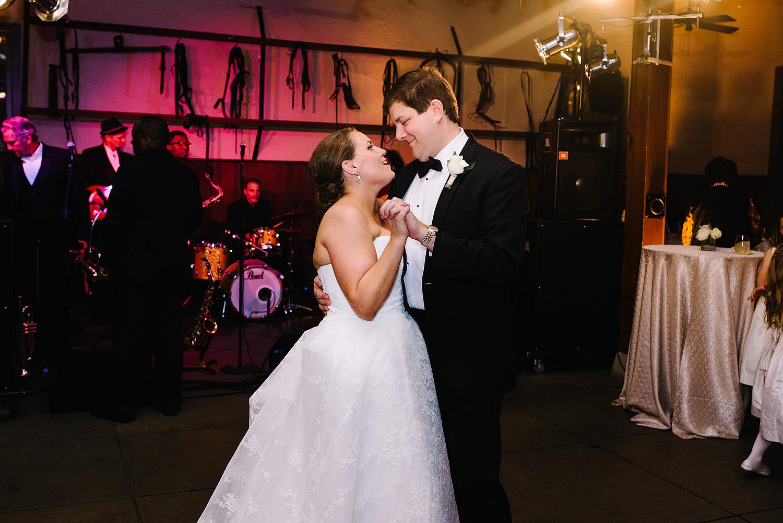 jeremy-russell-nashville-wedding-16-33.jpg