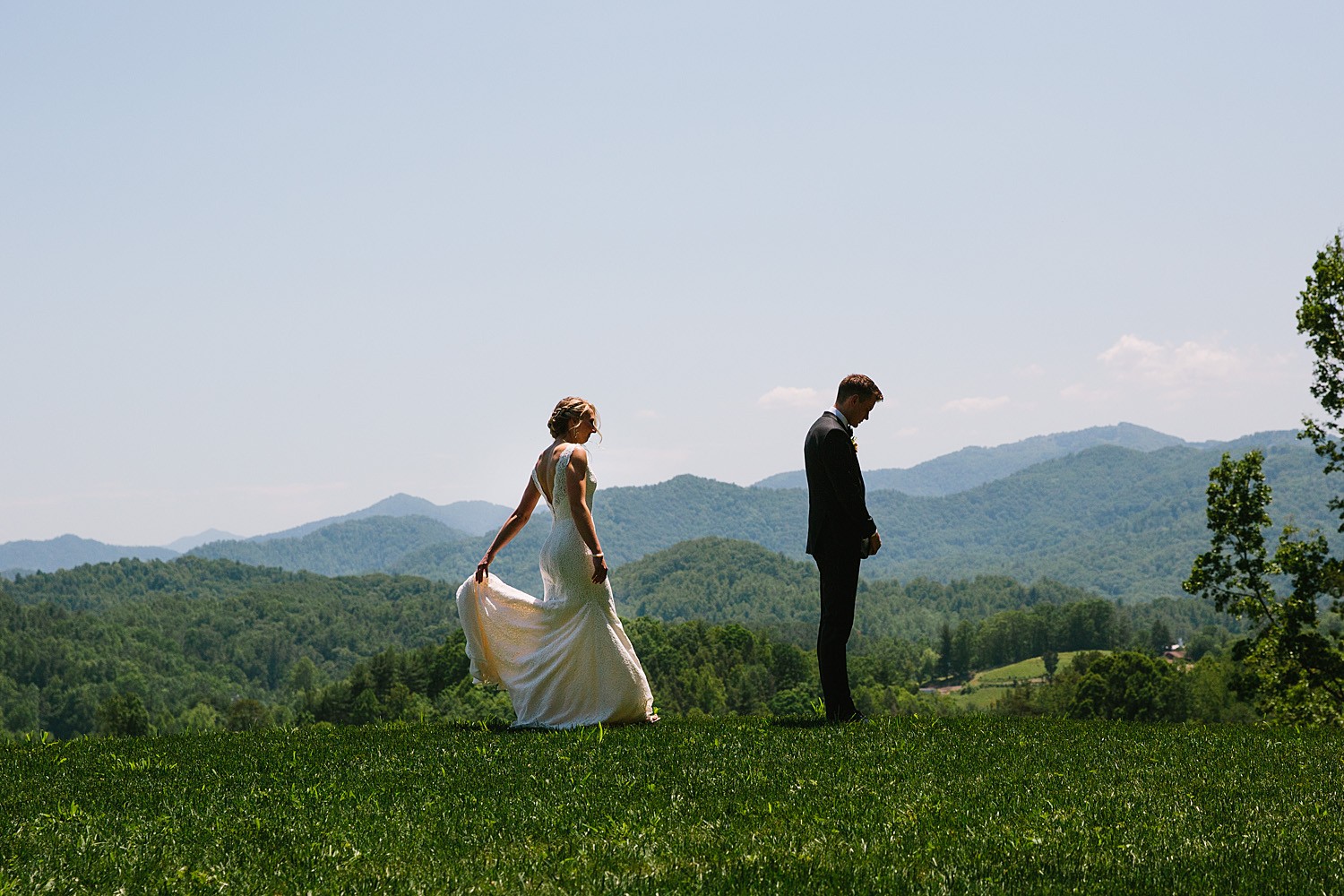 Jeremy-Russell-Asheville-The-Ridge-Wedding-1705-30.jpg