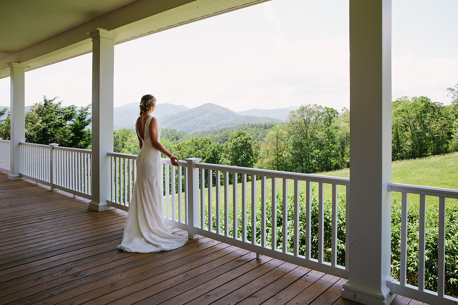 Jeremy-Russell-Asheville-The-Ridge-Wedding-1705-37.jpg