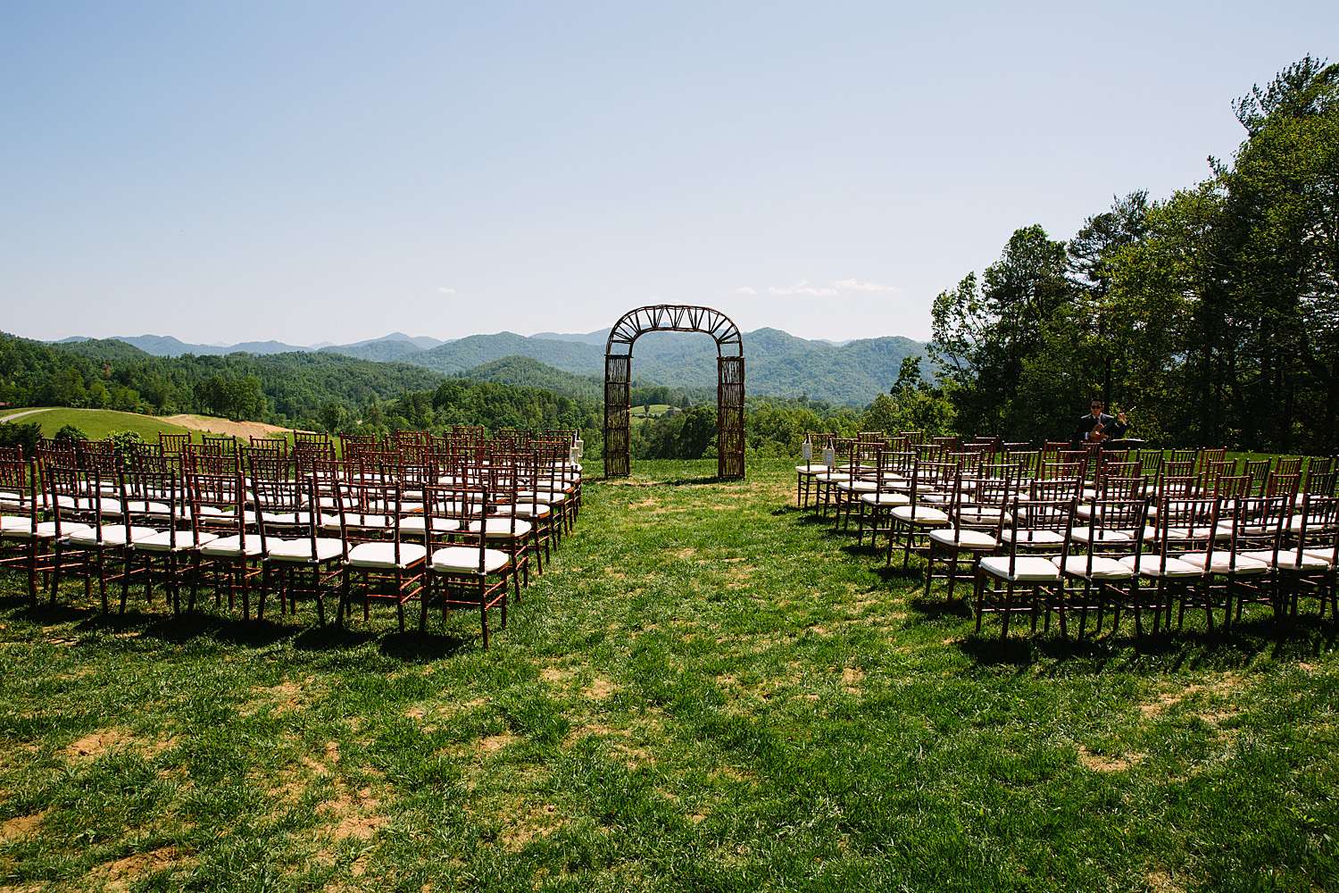 Jeremy-Russell-Asheville-The-Ridge-Wedding-1705-39.jpg