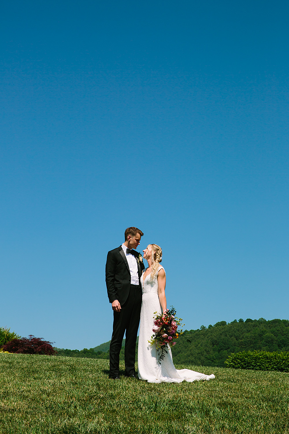 Jeremy-Russell-Asheville-The-Ridge-Wedding-1705-64.jpg