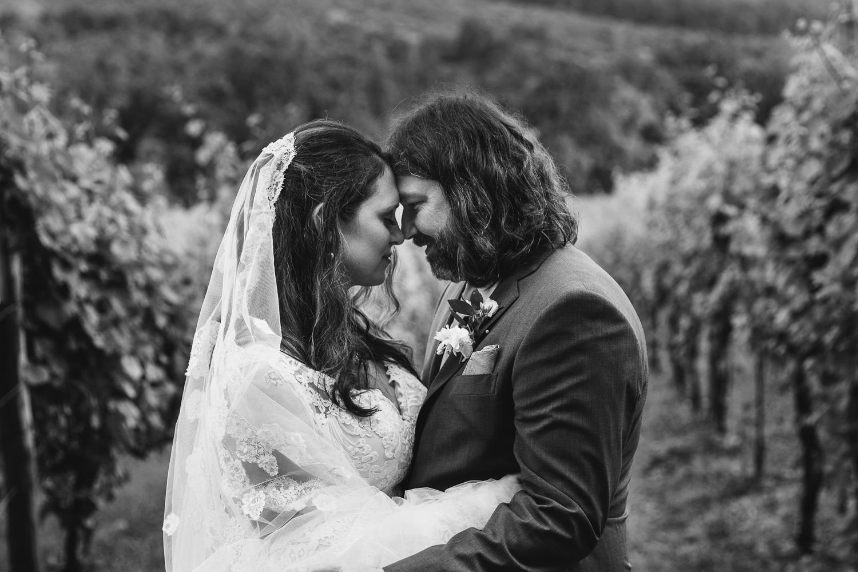 Point Lookout Vineyards Wedding