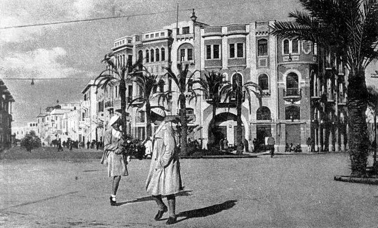 Benghazi in 1938, under Italian rule (image from Wikipedia)