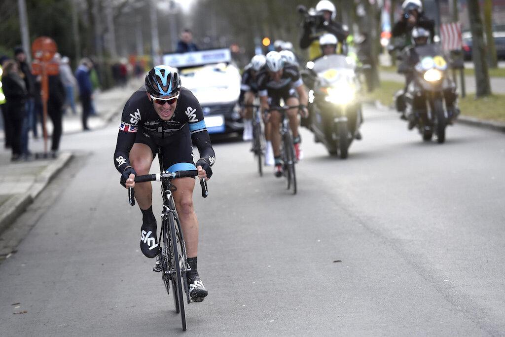 …Ian Stannard knuser Boonen, Vandenbergh og Terpstra på de siste 40 km av Omloop 2015