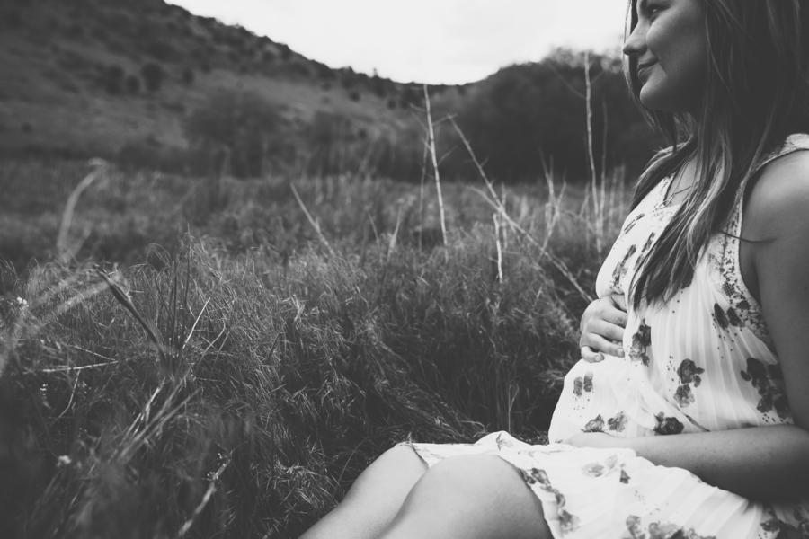 Kelsey__BabyRose_Photography_28_low.jpg