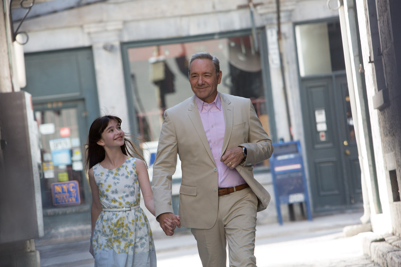 """M280 (Left to right.)  Melina Weissman and Kevin Spacey star in EuropaCorp's   """"NINE LIVES"""".Photo Credit: Takashi Seida© 2016 EuropaCorp"""
