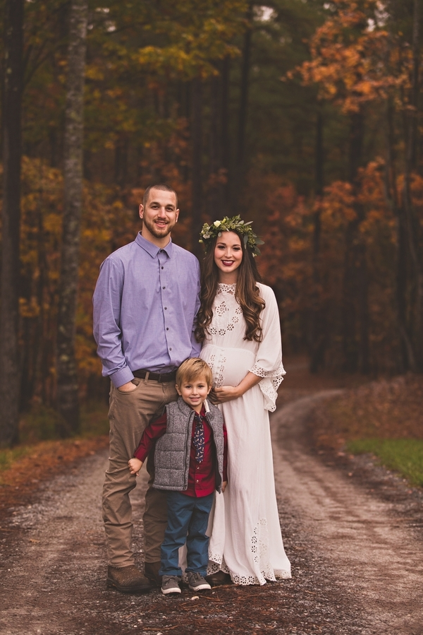 Vaughan_MeganVaughanPhotography_LynchburgMaternityPhotographer0013_low.jpg