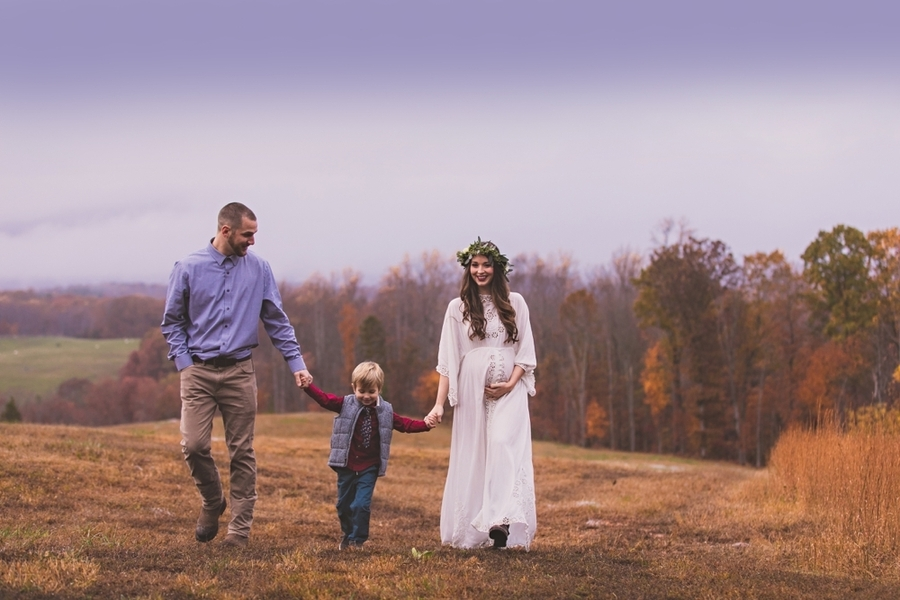 Vaughan_MeganVaughanPhotography_LynchburgMaternityPhotographer0026_low.jpg