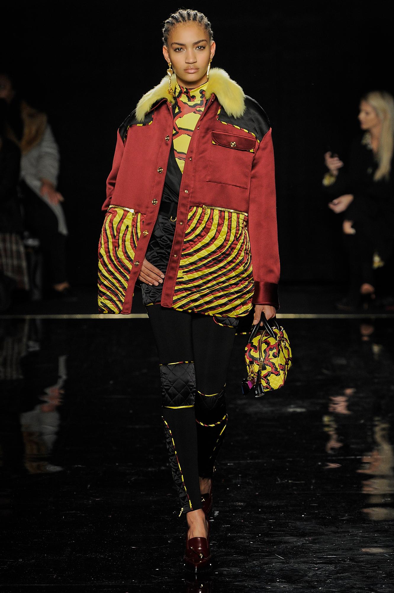 Versace_45_cd_versace_runway_runway_00045.jpg