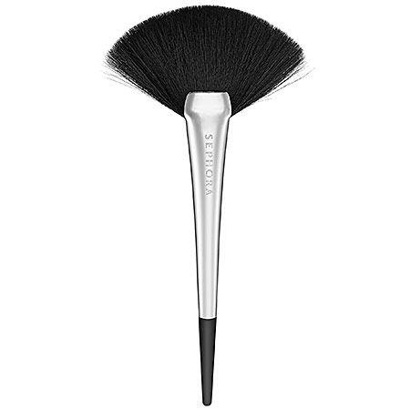 Sephora Highlight Fan Brush -