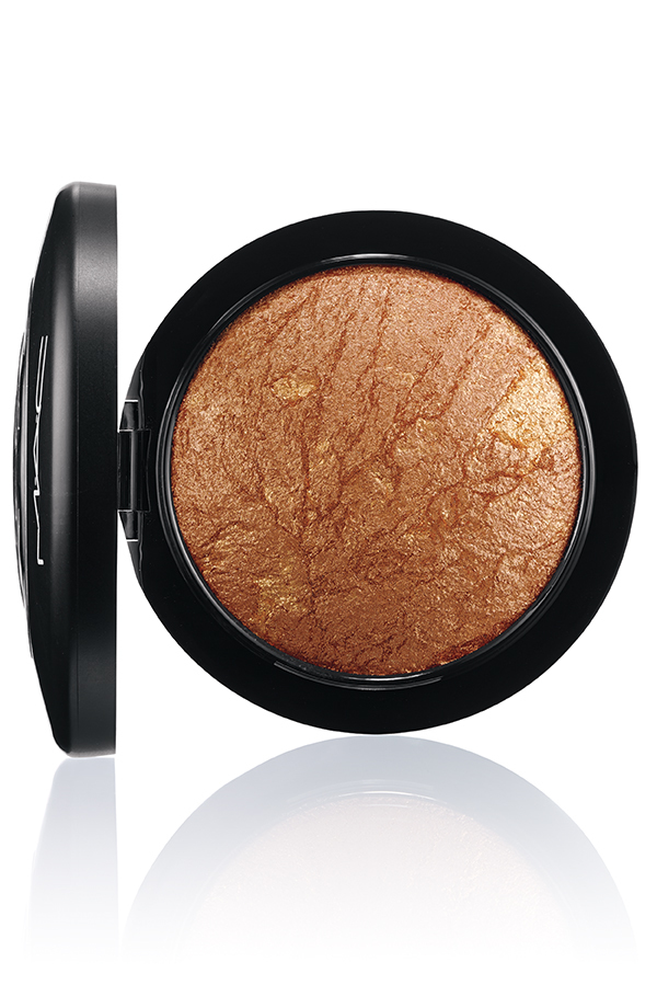 M.A.C.MINERALIZE SKINFINISH POWDER Gold Deposit 72 - INSTAGRAM