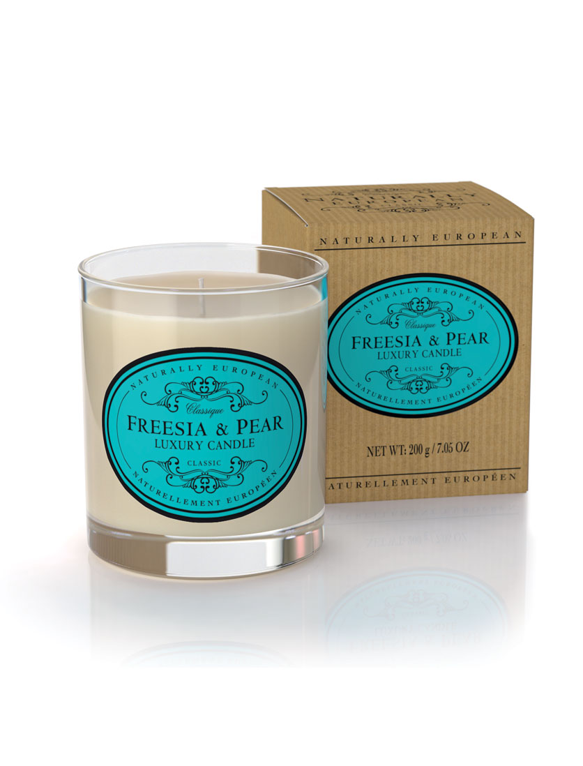 Scented Candle - 100% natural plant wax candle with a recycled cotton wick.