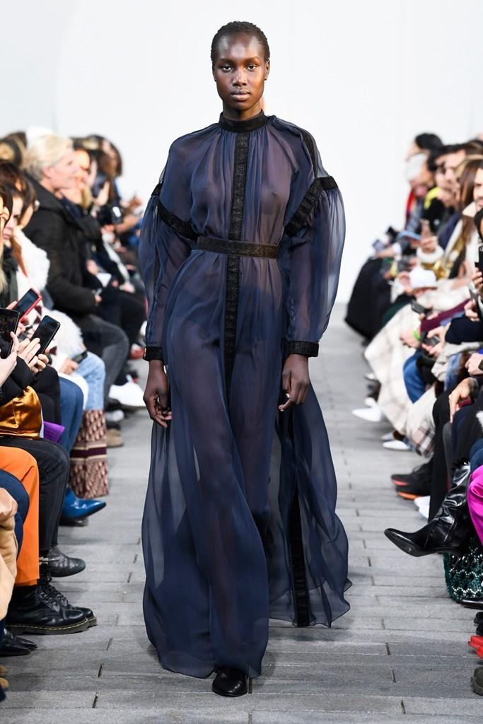 - Maison Rabih Kayrouz // Fall Winter 2019 Womenswear