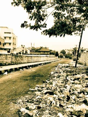 Garbage in RMV 2nd Stage, Bangalore