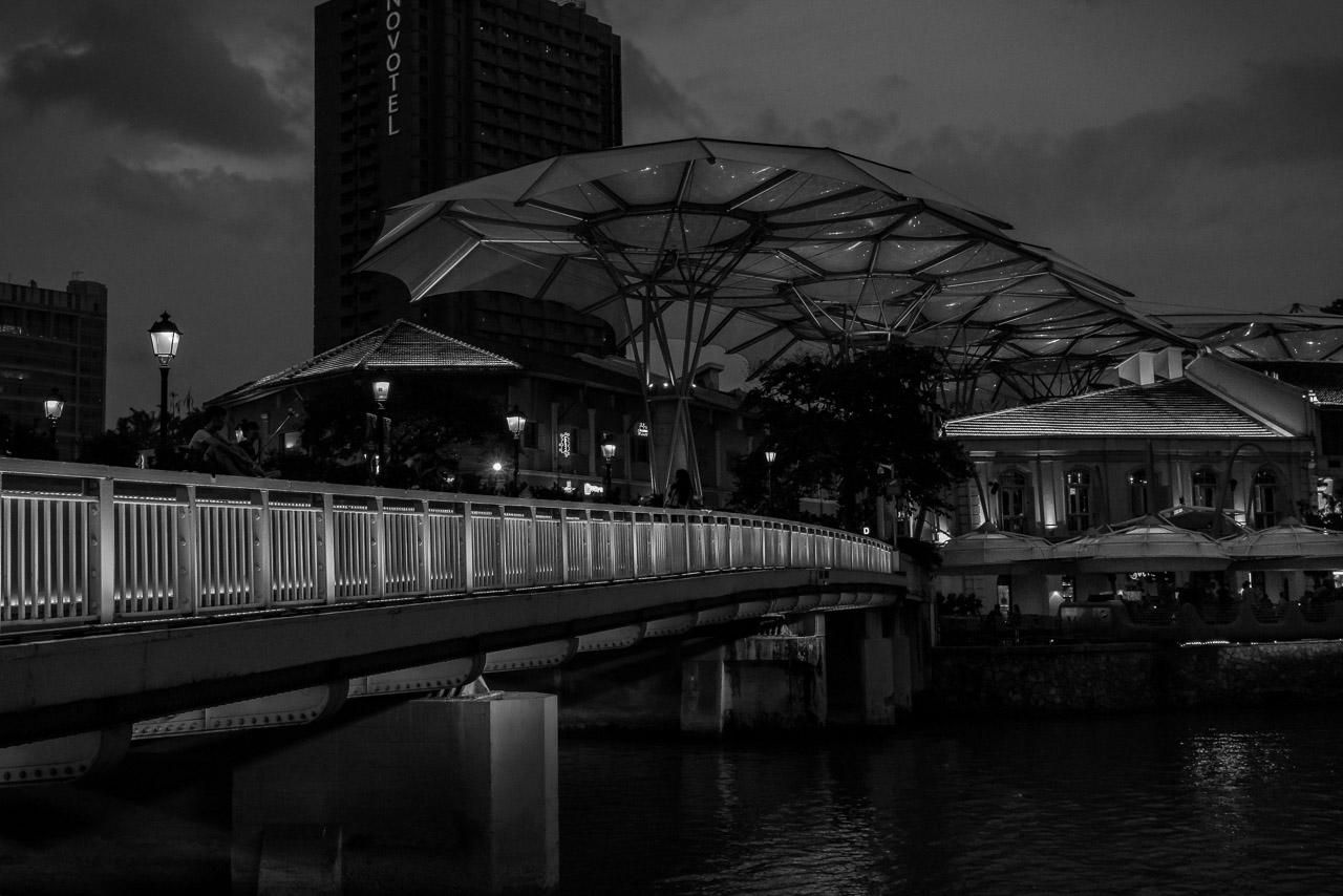 150810-singapore-175429-3-HDR-instagram.jpg