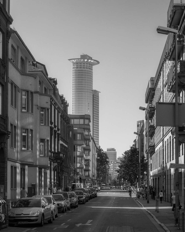 street-frankfurt.jpg