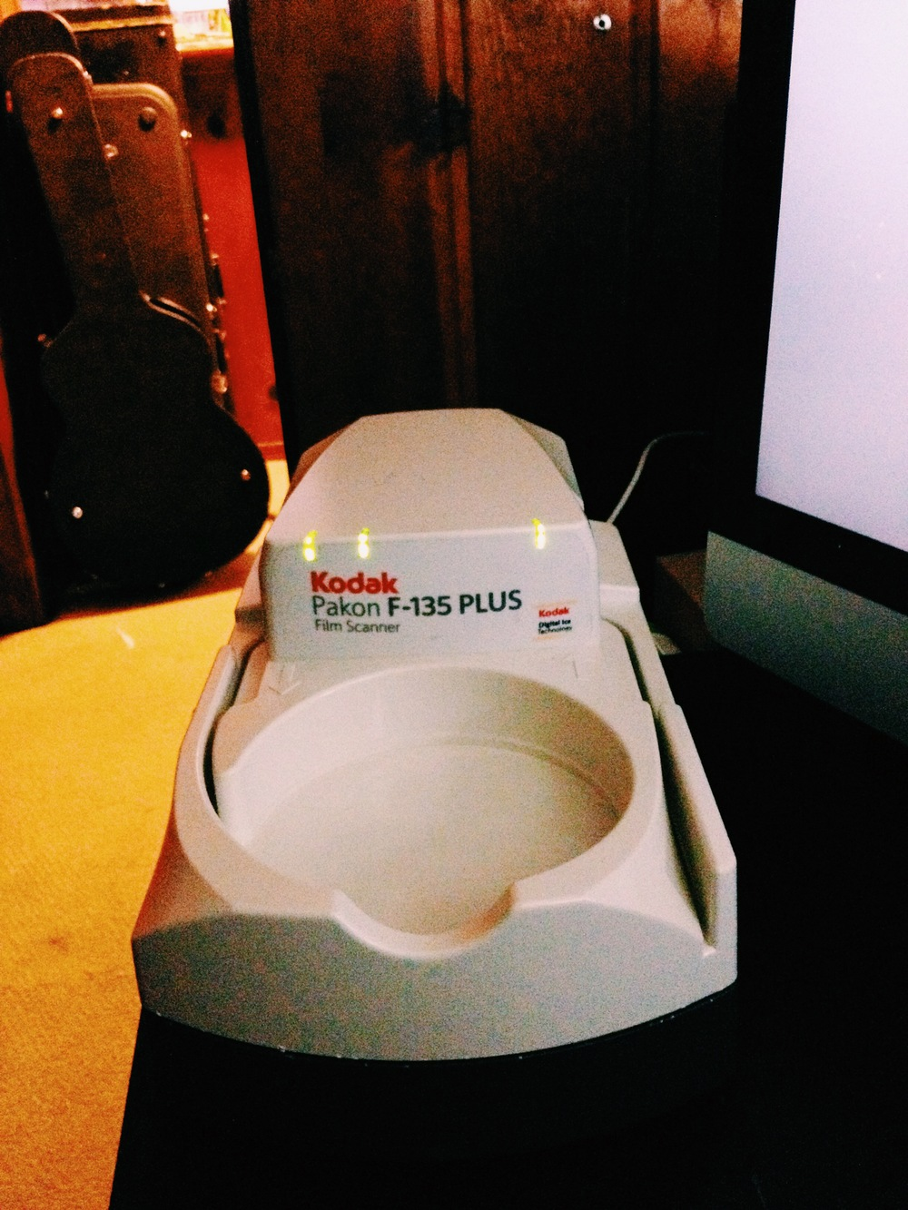Cameron's Pakon F135 film scanner