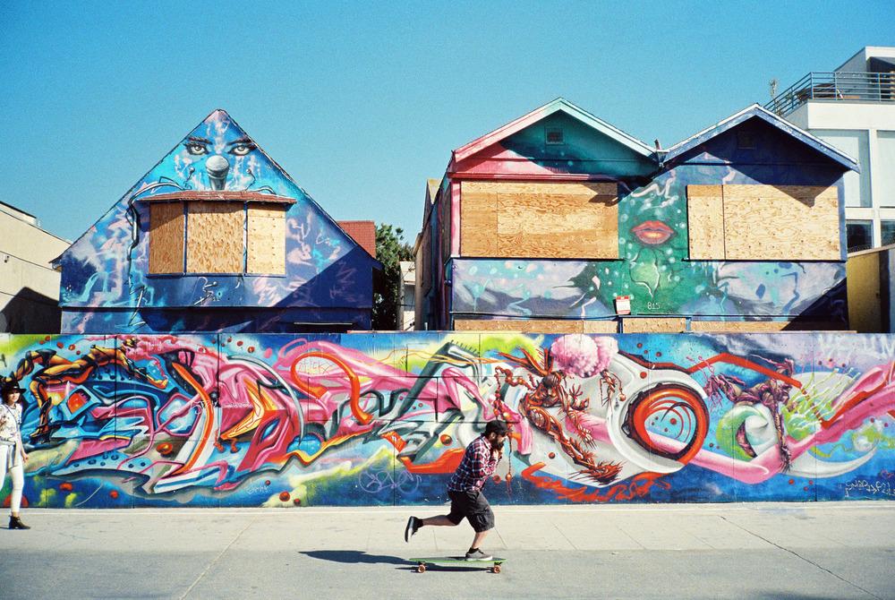 Venice-beach-colorful-stalman.jpeg