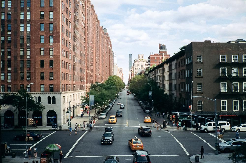 2a690-18-newyorkfashionweek-viewfromthehighlineinchelsea-lomo800.jpg