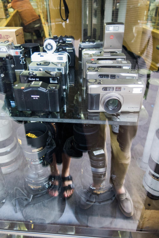 b173f-inside-camera-stores-asia-stalman-29.jpg