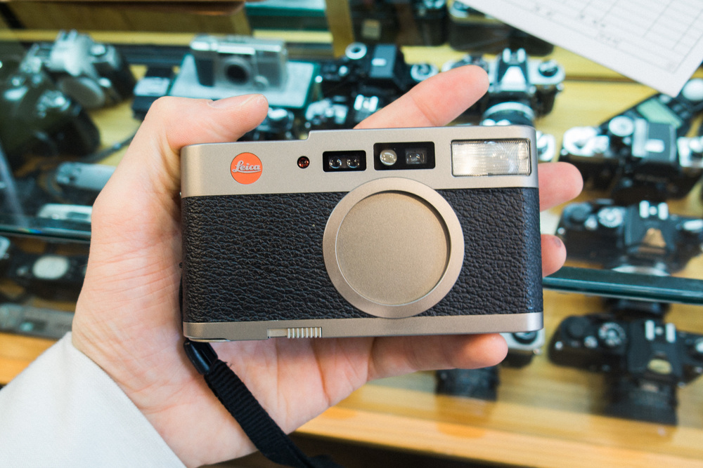 6b128-inside-camera-stores-asia-stalman-37.jpg