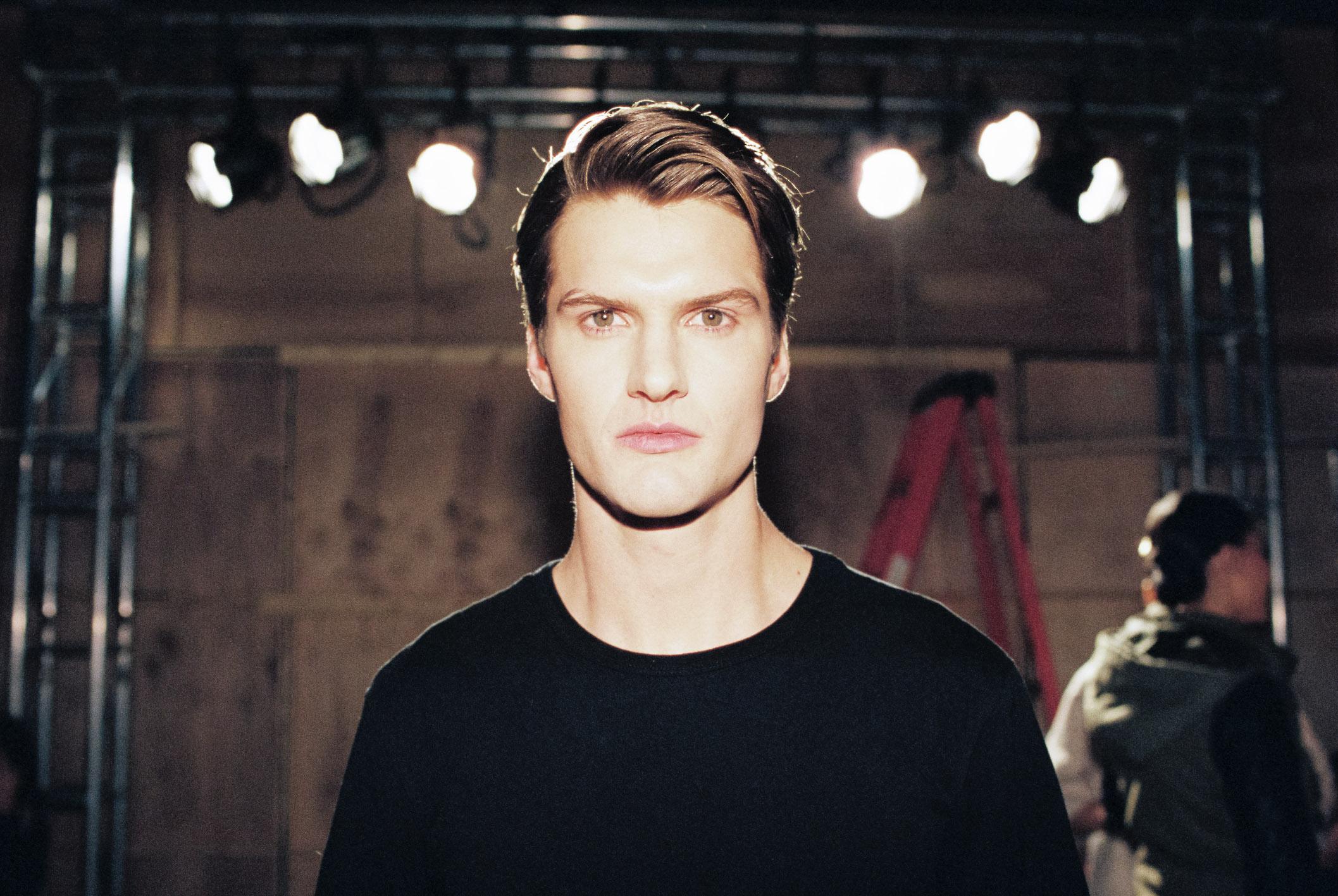 Models backstage, moreon Facebook