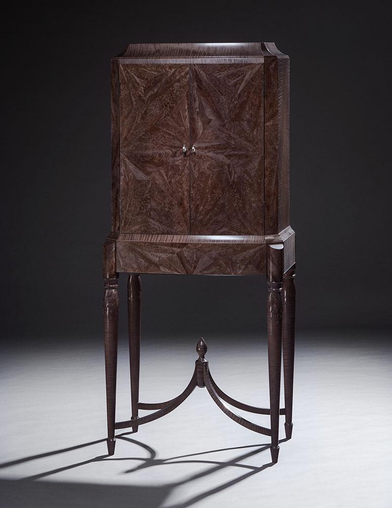 Acadia cabinet