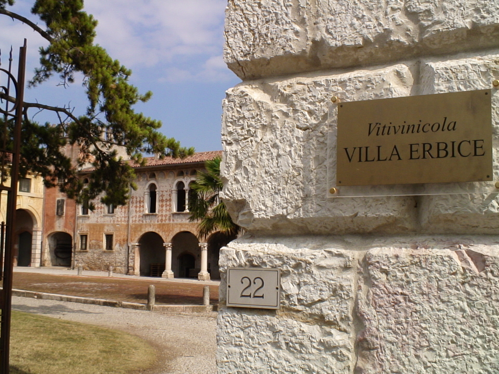 The winery in an old villa in Mezzane di Sotto