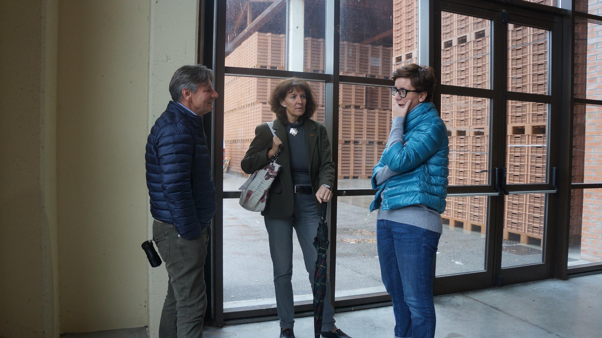 Franco Allegrini (left), Elisabetta Tosi and Silvia Allegrini (right)