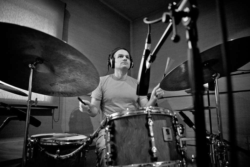 joana machado recording sessions 10042010 (5d) 058 bw.jpg