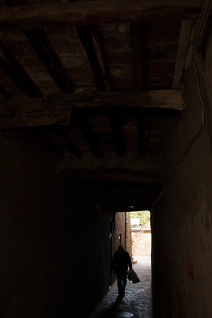 Dark figure underpass, San Giovanni D'asso