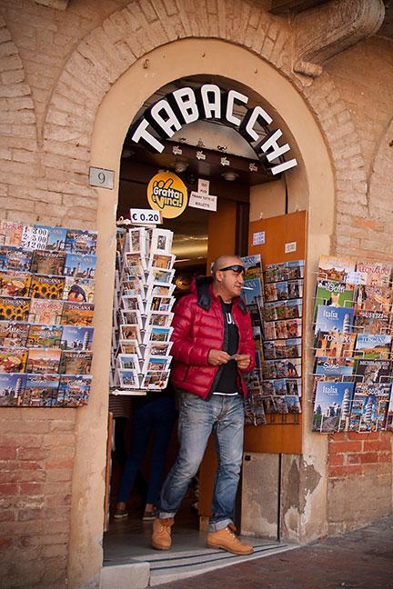 Smoking in Siena