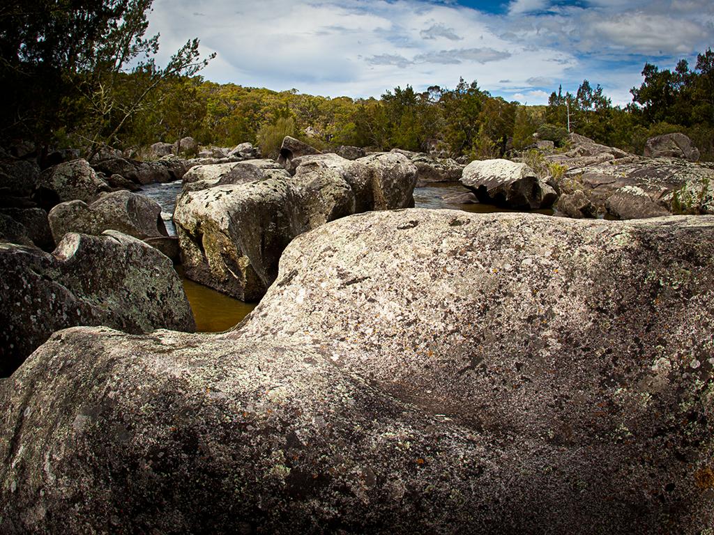Granite boulders filling the river