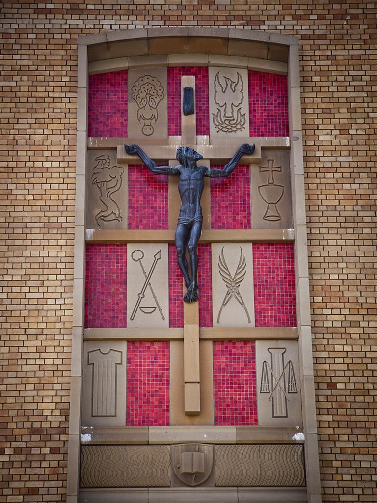 Crucifix (work by Tom Bass)