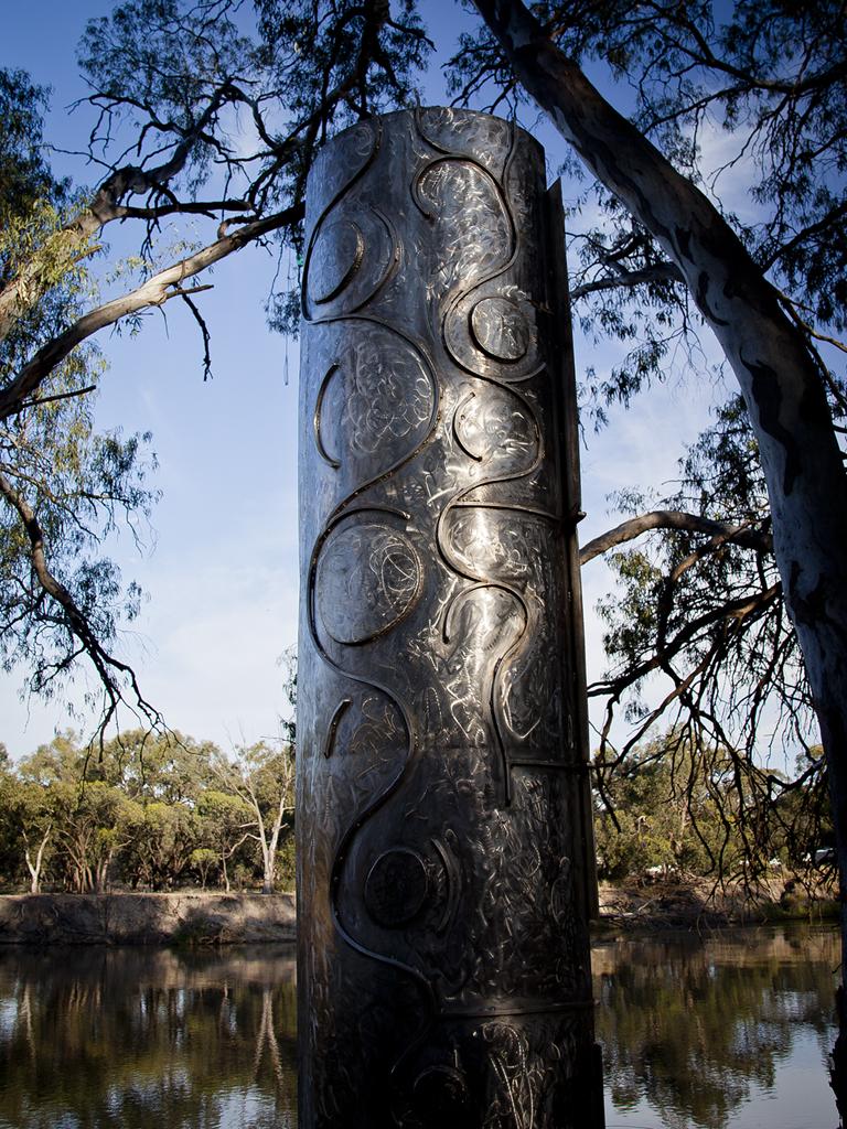 Long Paddock Sculpture