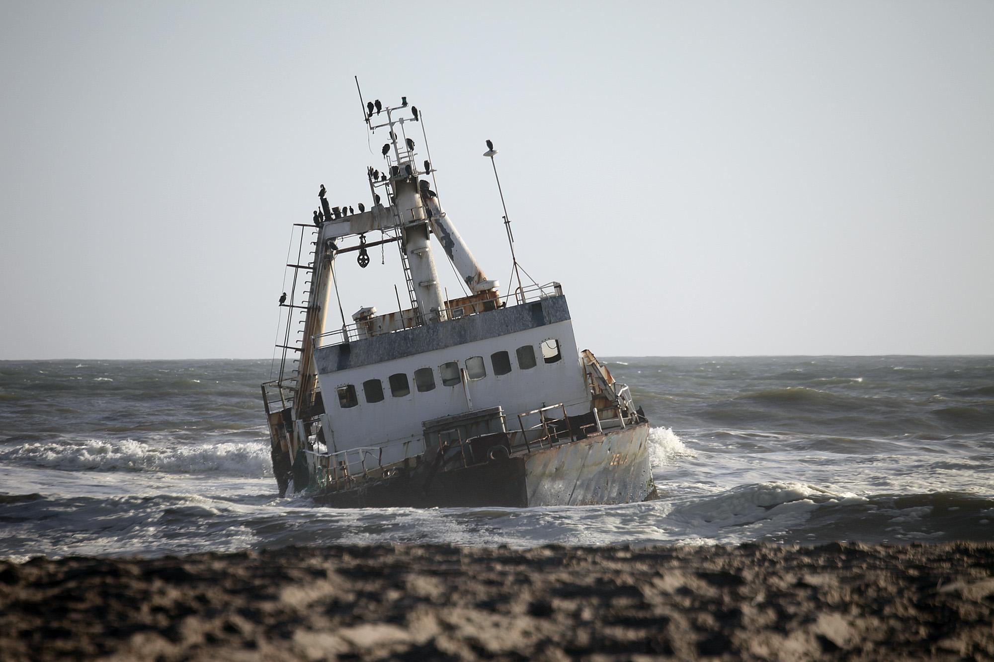 Shipwreck on the Skeleton Coast