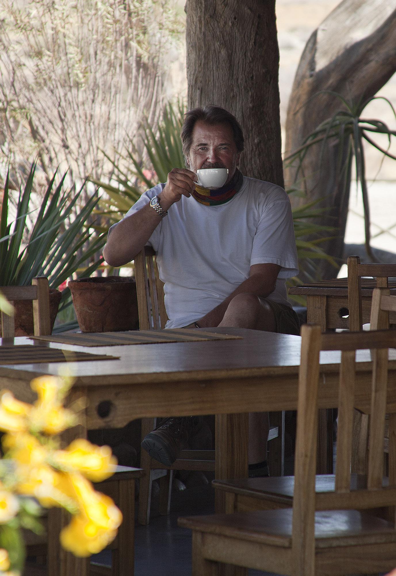 Tony's tea time