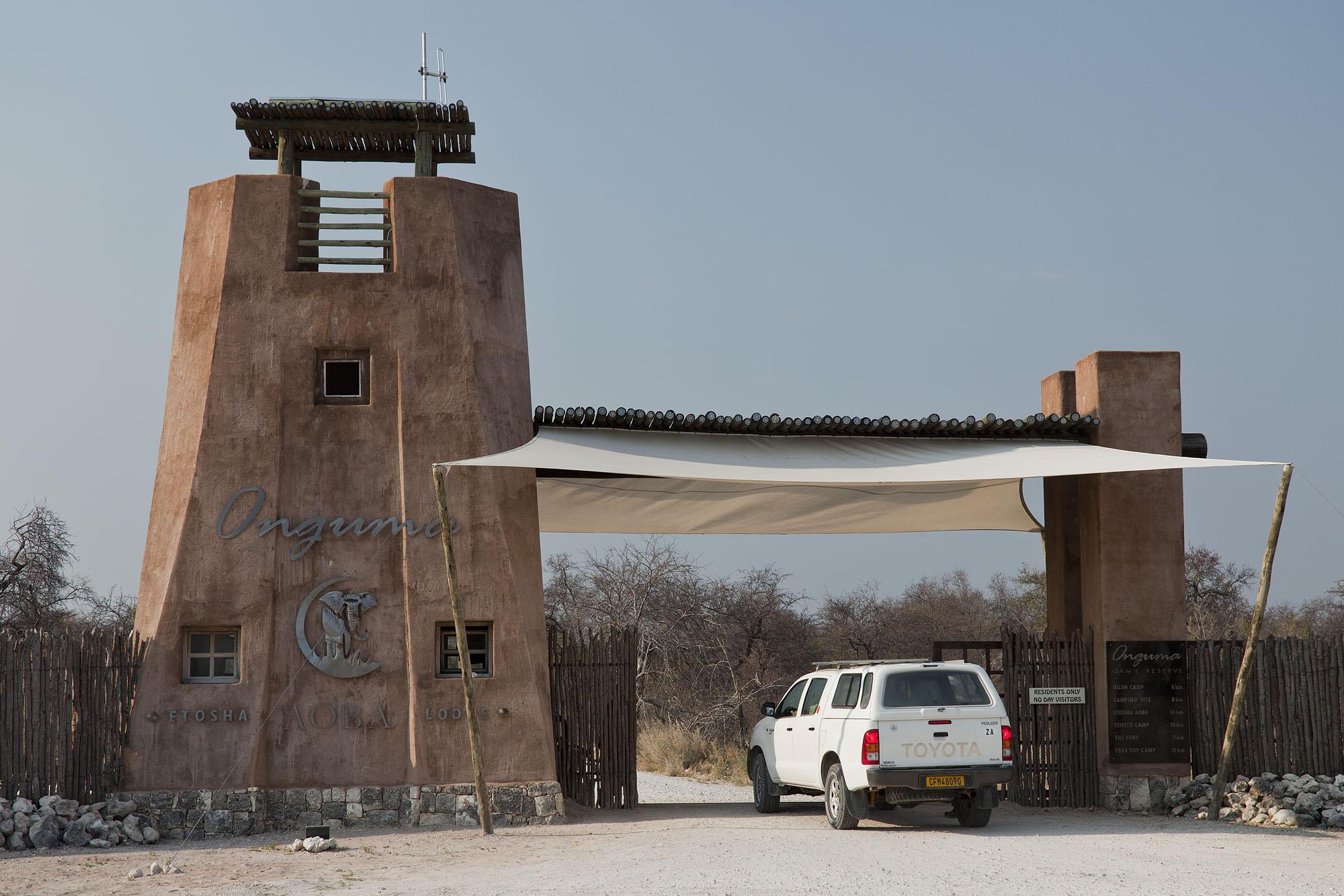 The imposing entrance gate to Onguma