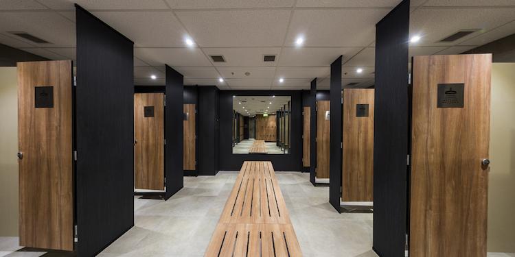 New - Gateway Building : EOT Showers