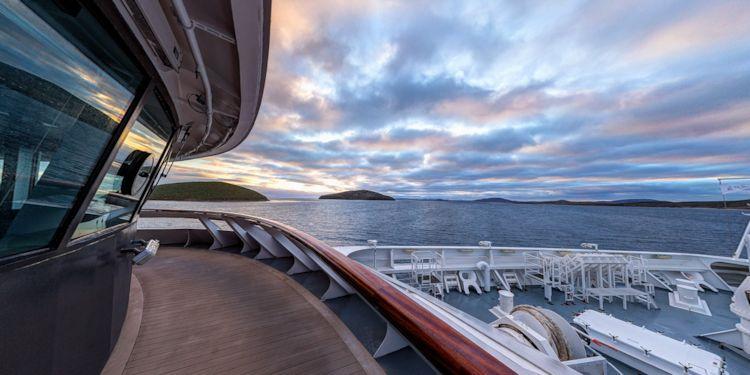 AN: New Island, Falkland Islands - Sunrise