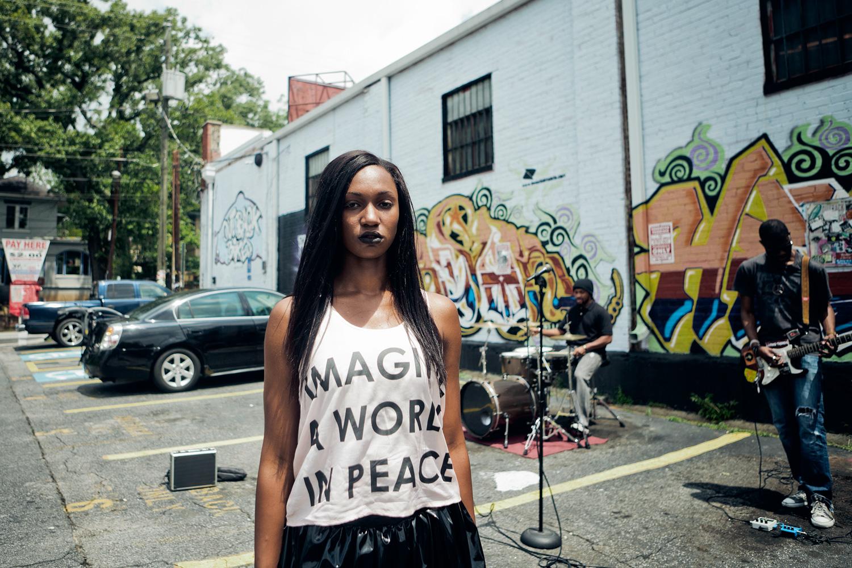 girl_making_music_video.jpg