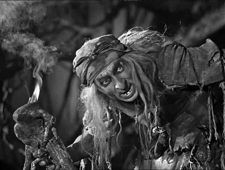 Кадр из фильма «Василиса Прекрасная» по сказке «Царевна лягушка». Милляр в роли Бабы-Яги.