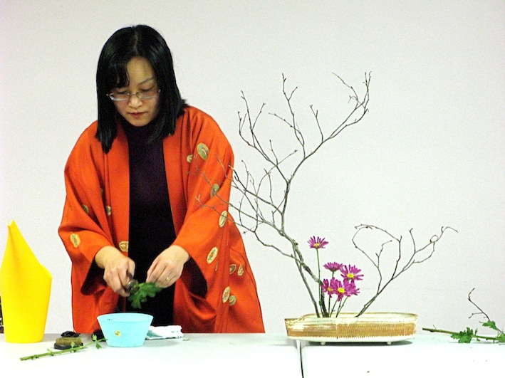 Bedford Library Ikebana Workshop