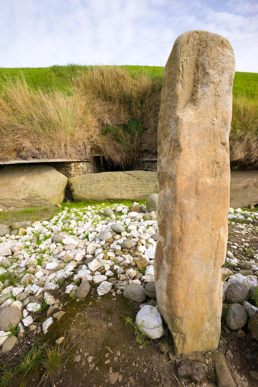 Brú na Bóinne, Knowth
