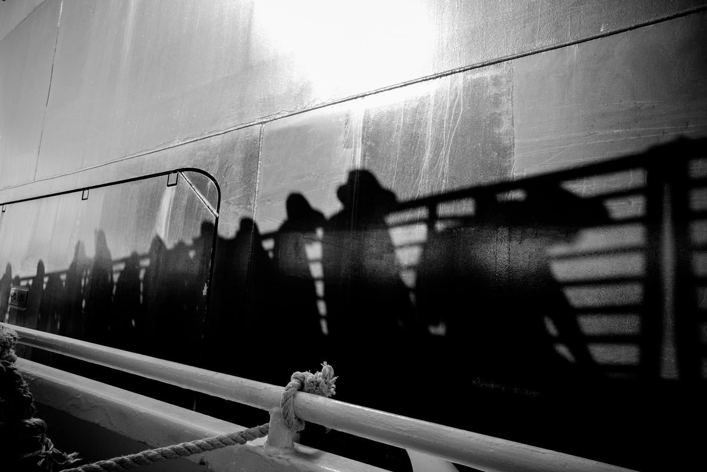 Passengers Leaving the Nieuw Amsterdam to go Ashore