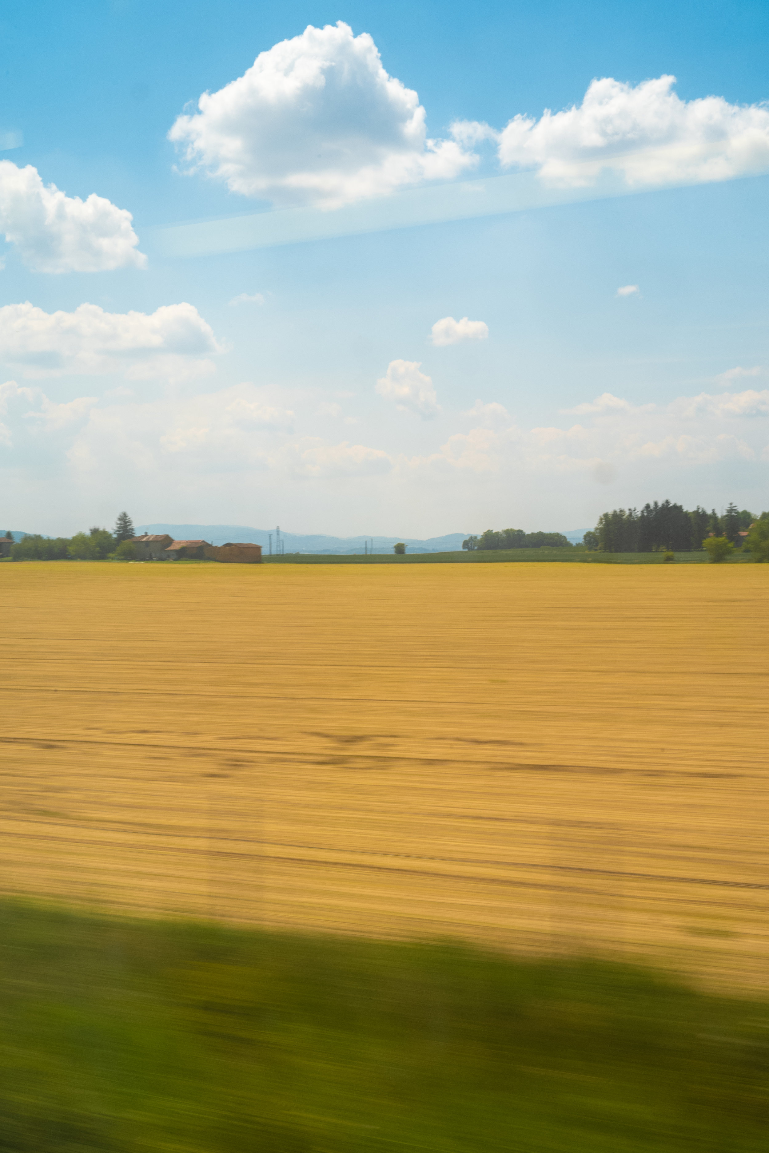 On TGV Somewhere between Avignon and Paris