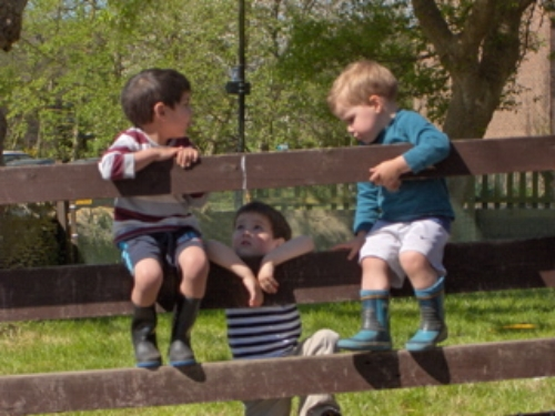 There are nice play spaces outside for children to enjoy at Wolvercote