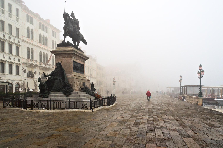 Venetian Fog on the Riva | Mark Lindsay
